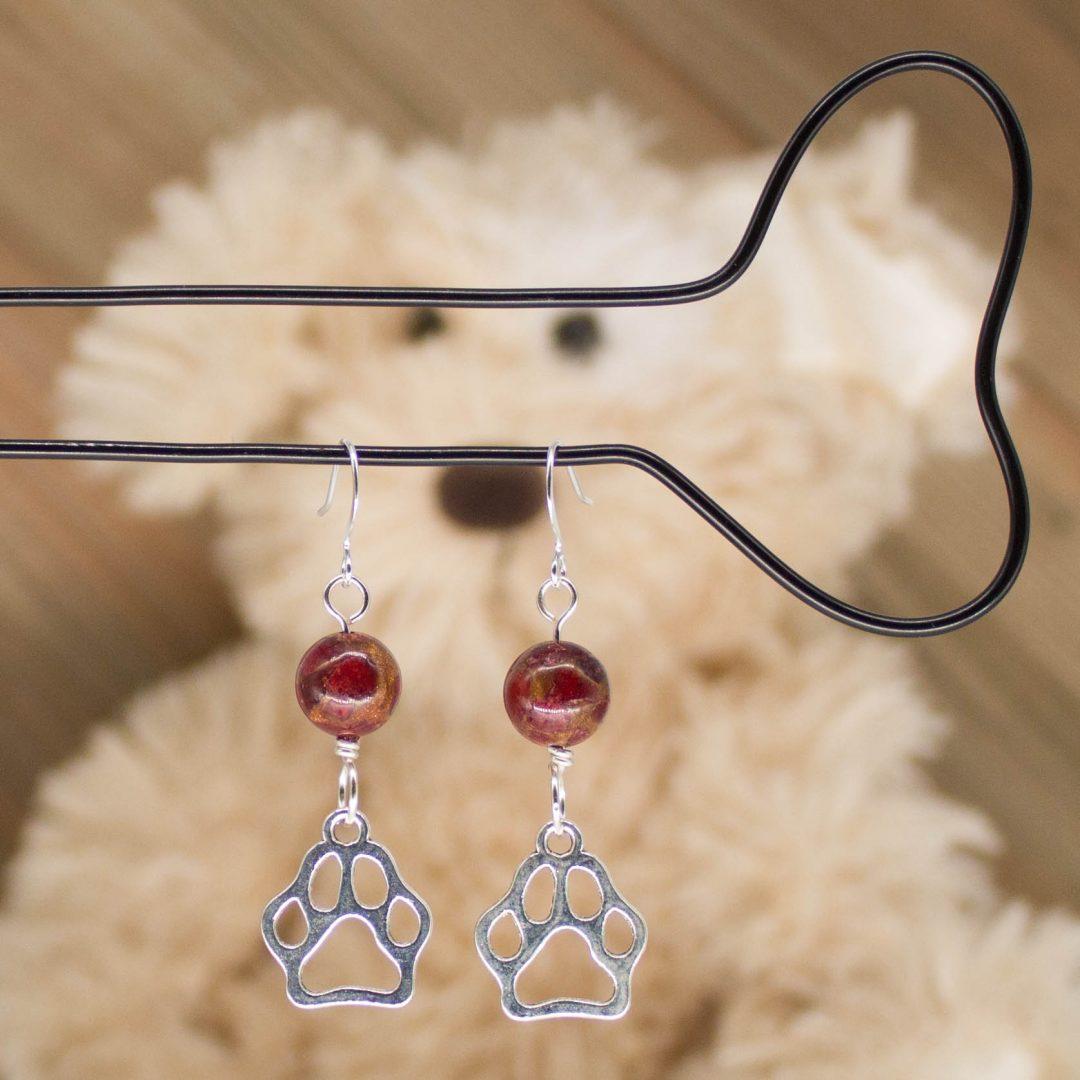 E1028LS - Cranberry Doggo Earrings