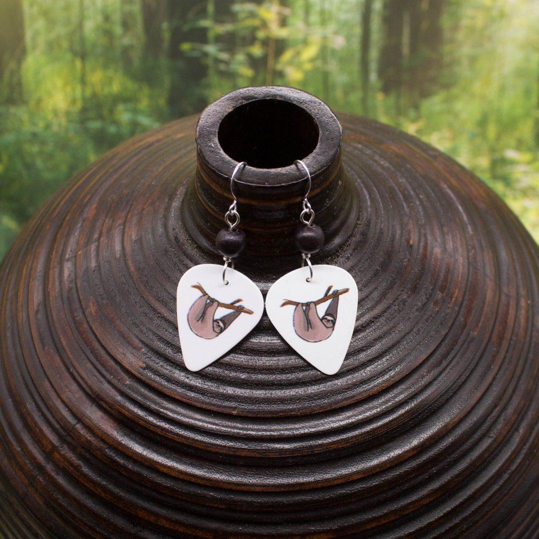 E978LS2 - Swag Sloth Earrings