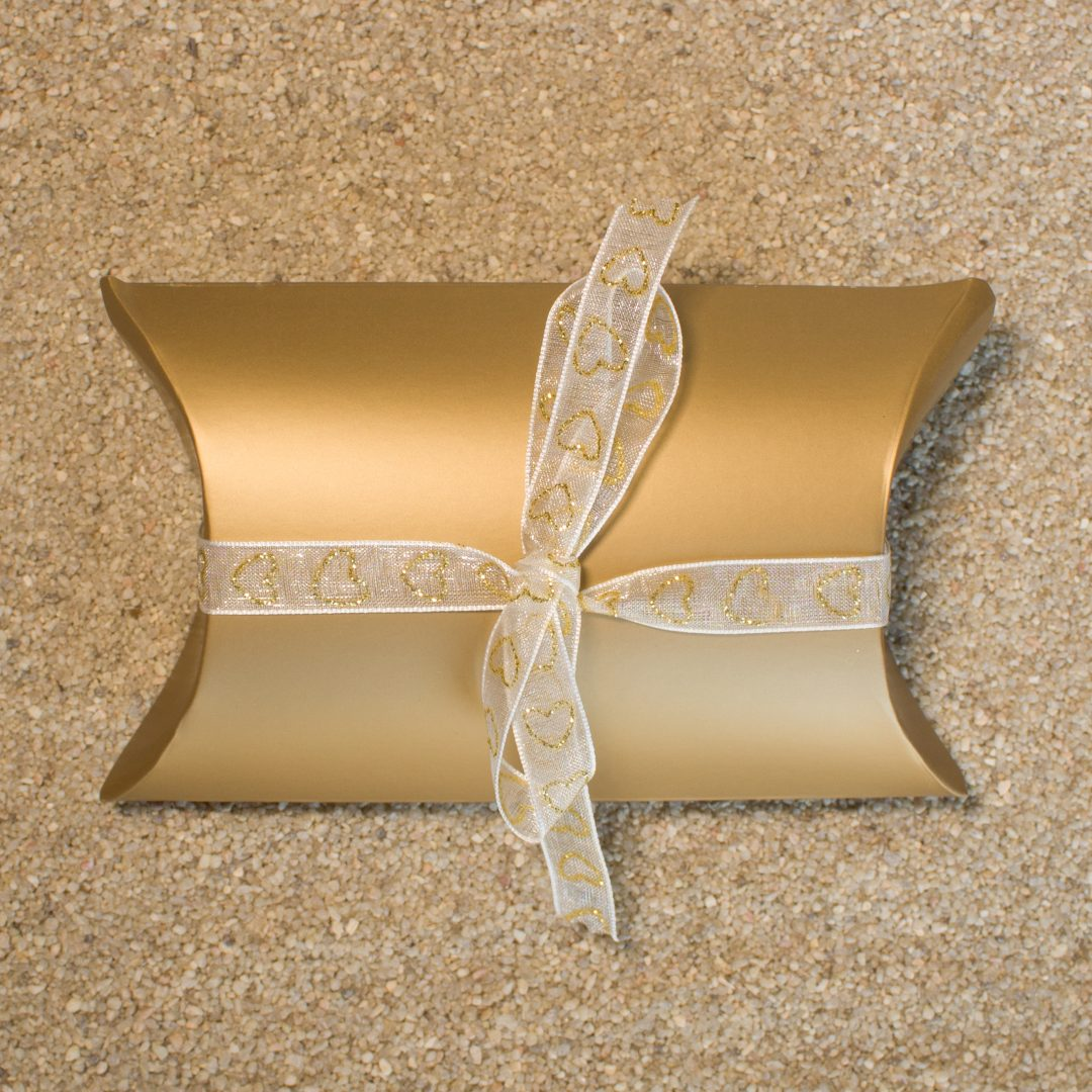 Gift Wrapping - Gold Modern Box with Ribbon