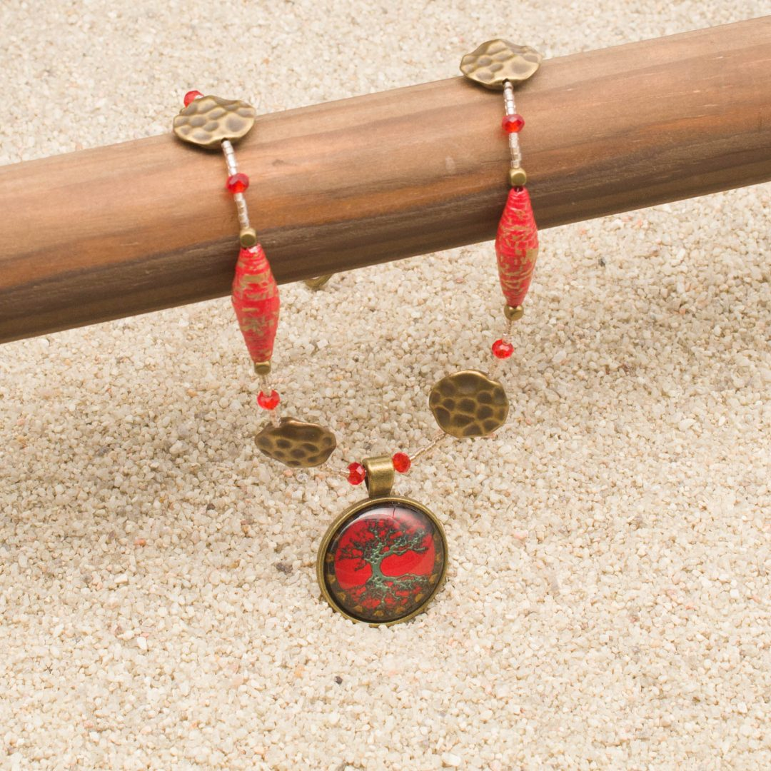 Geisha Girl Necklace and Earring Set
