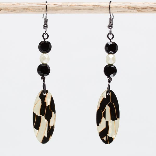 E765 - Ebony and Ivory Earrings