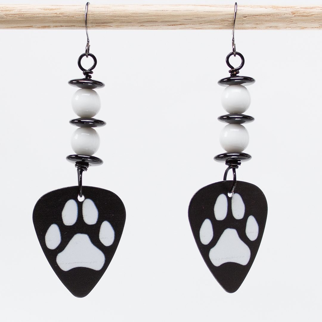 E783 - Paws & Think Earrings