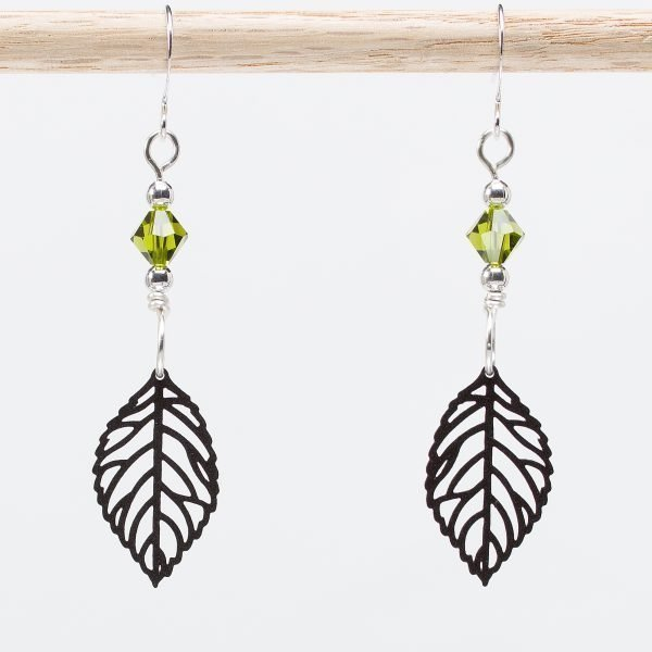 E854 - Leaf Me Alone Earrings