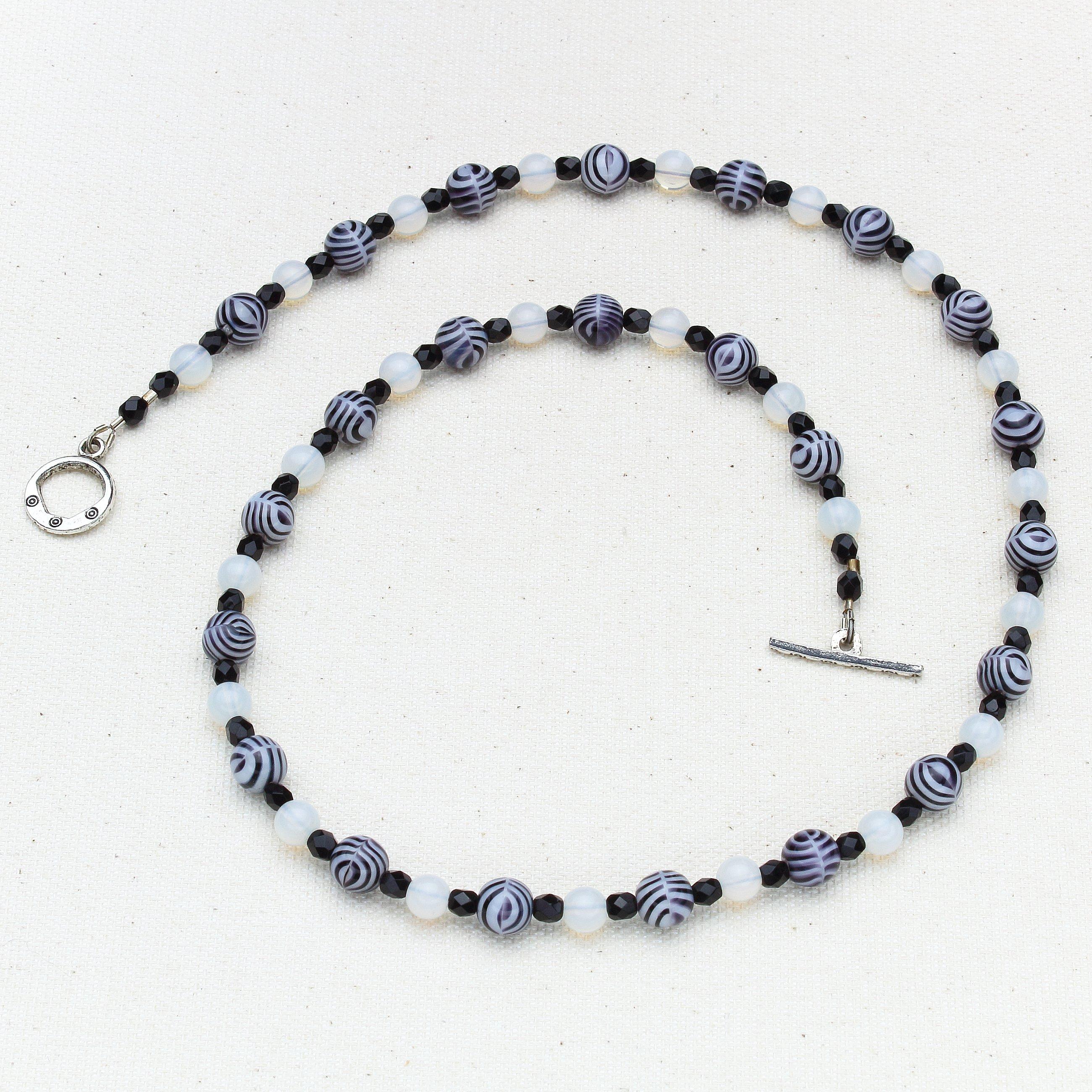 N462 - Damara Necklace