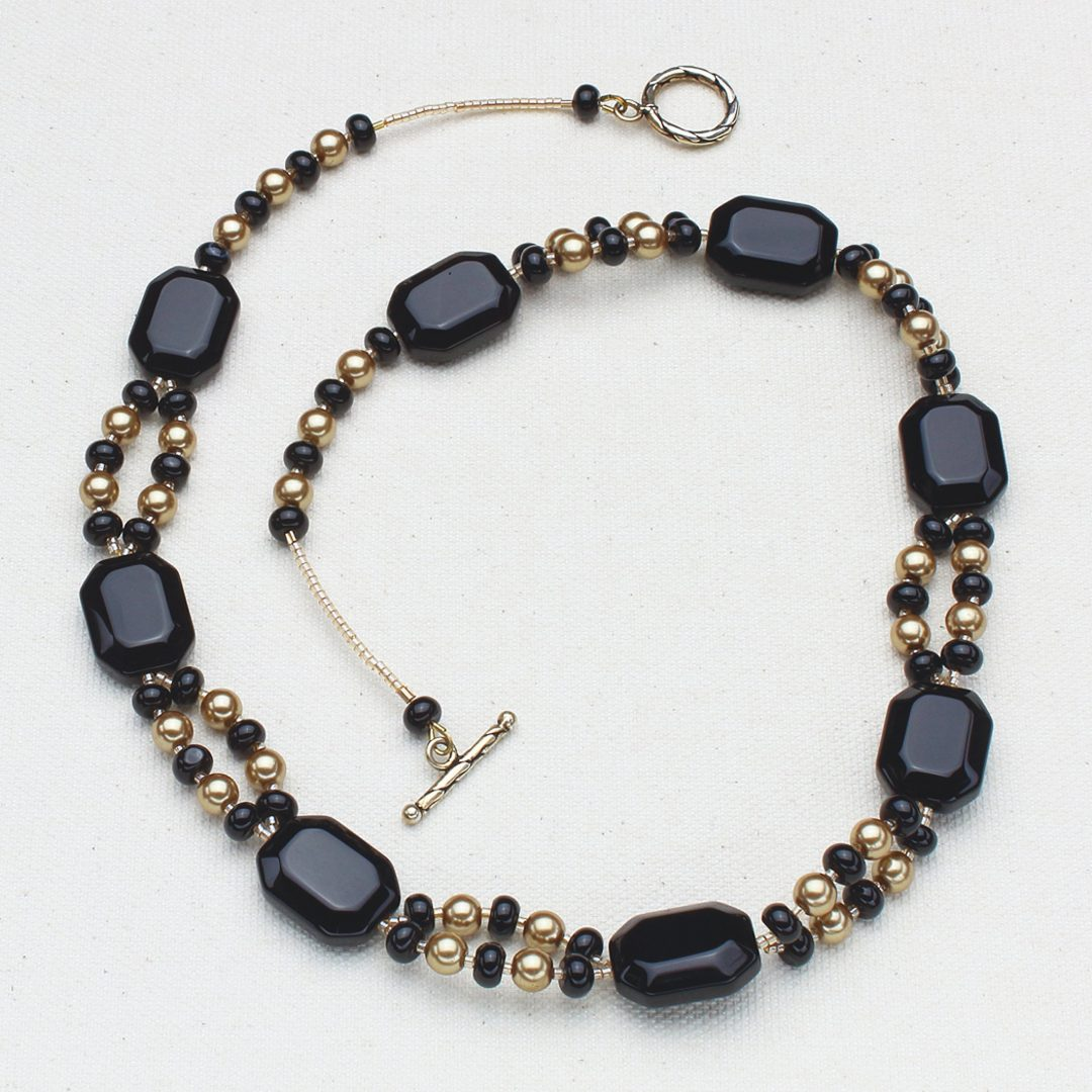 N491 - Black and Gold Elegance Necklace