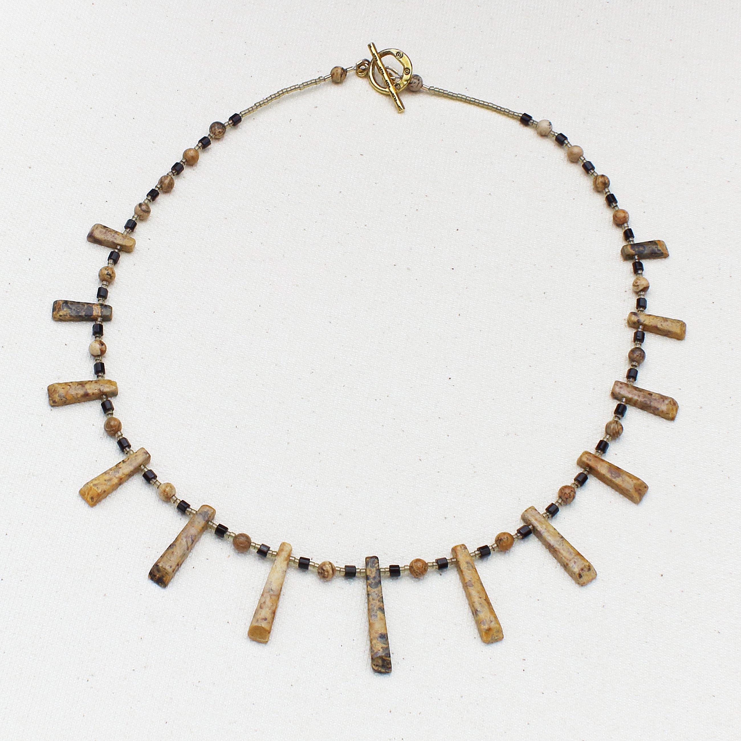 Fan of Sands Necklace
