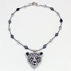 N640 - Glitterpuss Necklace