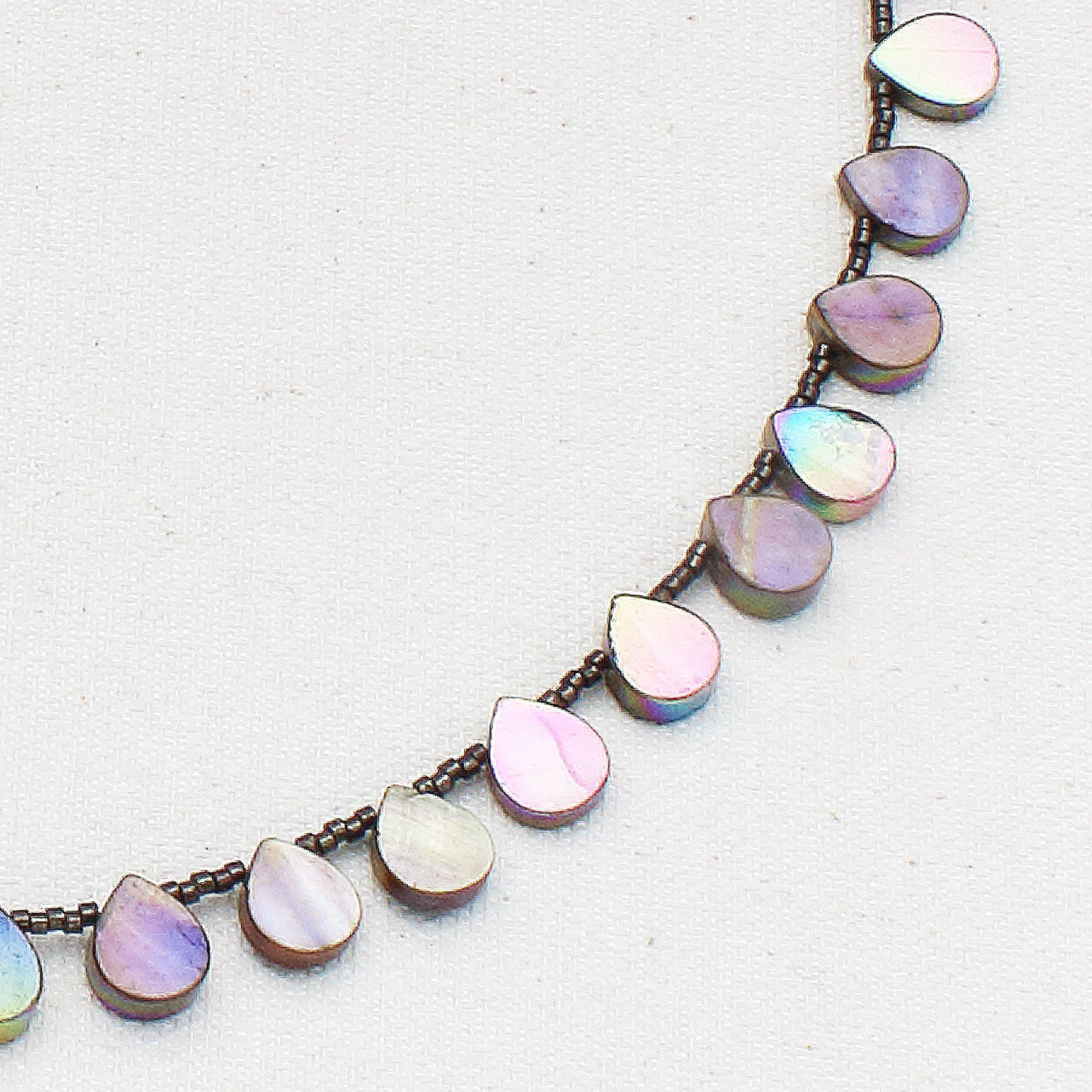 N627 - Teardrops Necklace