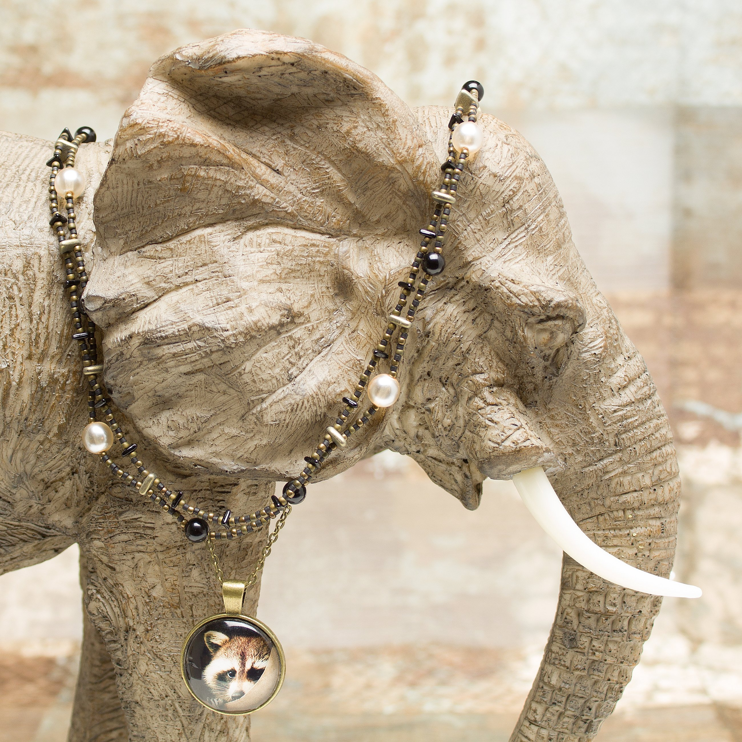 N636 - Sneaky Pete Necklace